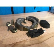 GY6 BN157QMJ Brake hardware - Missing camshaft